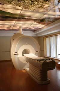 L'IRM permet de révéler avec précision l'arthrose lombaire